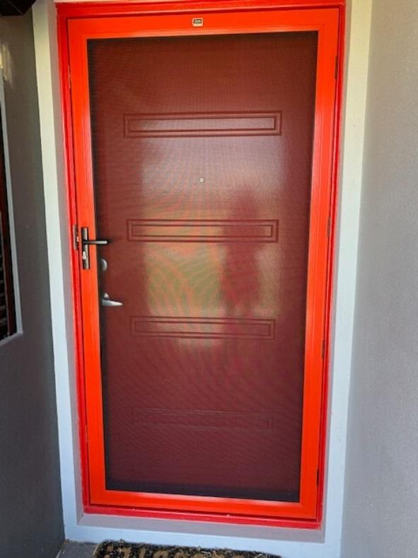 Coming Door